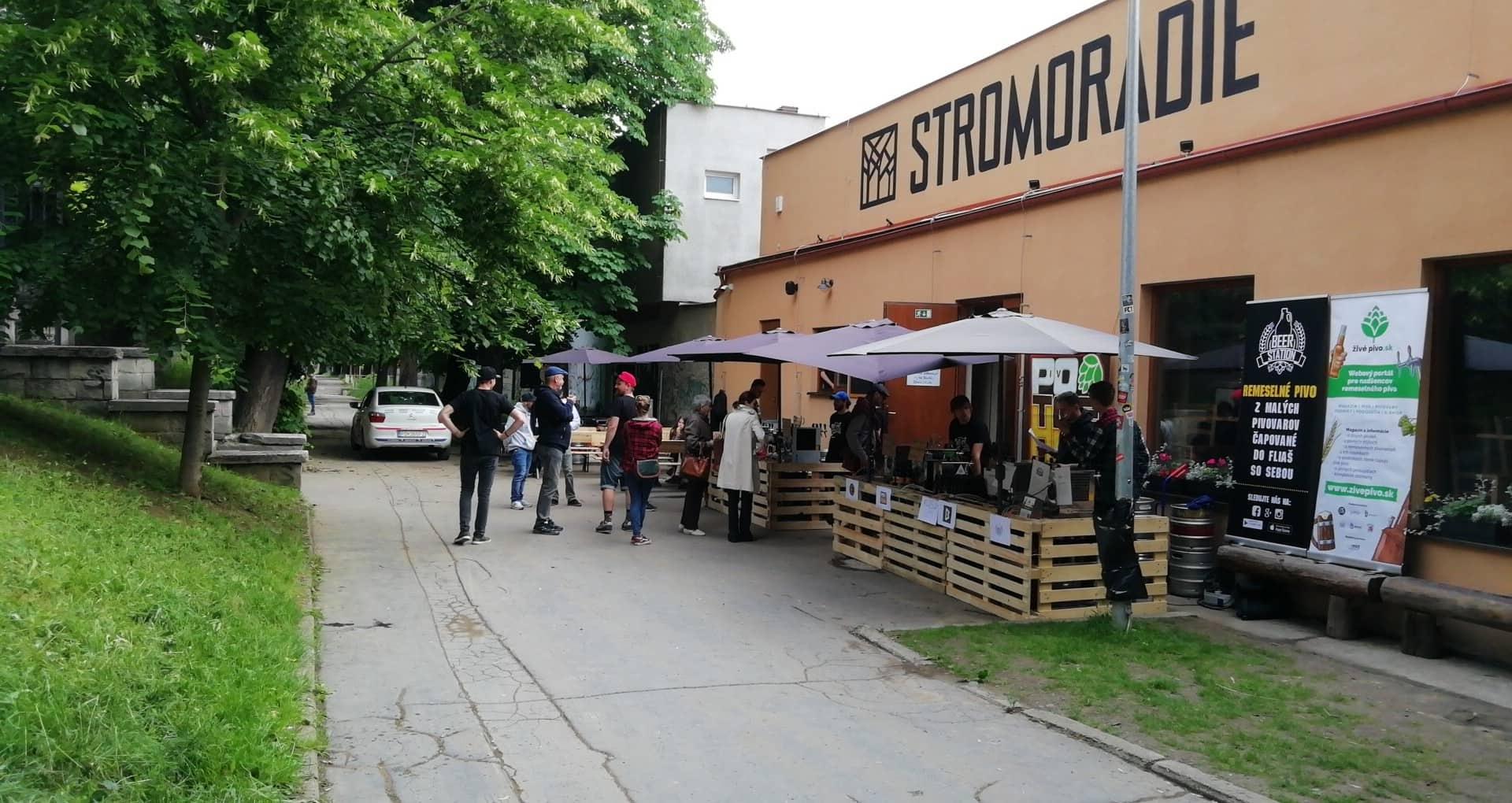 0. ročník prešovského festivalu remeselných pivovarov – KI CI Fras na Stromoradí